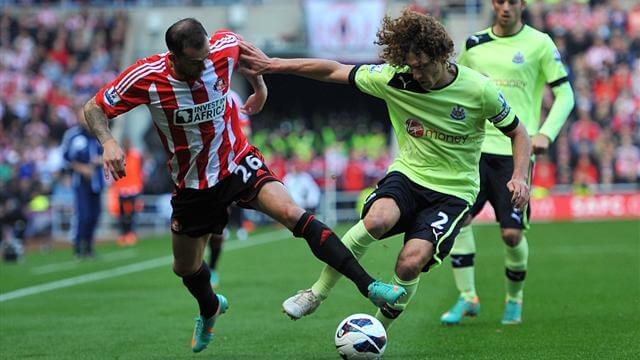 fab coloccini tackles steven fletcher