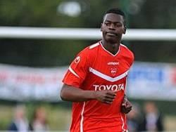 Nicolas Isimat-Mirin in red