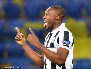 shola ameobi at metalist
