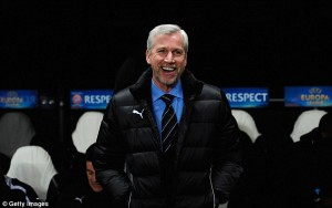alan pardew smiling with beard