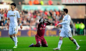 moussa sissoko after missed swansea chance