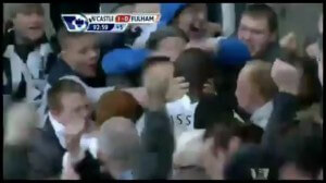 papiss cisse being mobbed