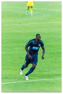 porto Shola Ameobi  -Jogo Paços Ferreira & Newcastle United 23 julho 2013 (67) (1)