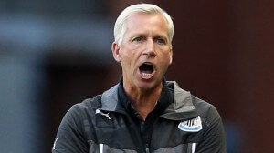 Alan Pardew at Rangers shouting