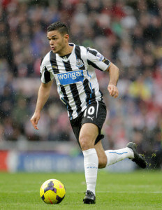 ben arfa runs wirth ball