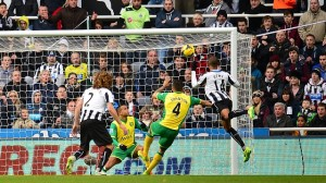 Soccer - Barclays Premier League - Newcastle United v Norwich City - St James' Park