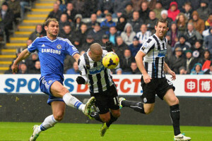 yoan gouffran heading ball home