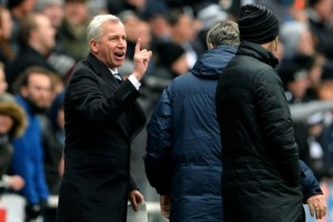 alan pardew after tiote disallowed goal