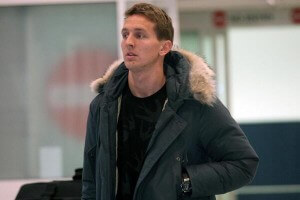 luuk de jong at airport