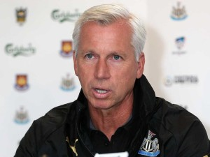 alan pardew close up in black