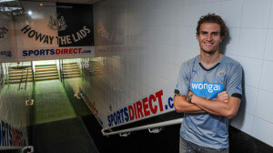 daryl janmaat st james park howay the lads