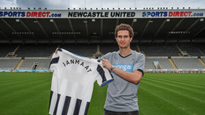 daryl janmaat st james park pitch