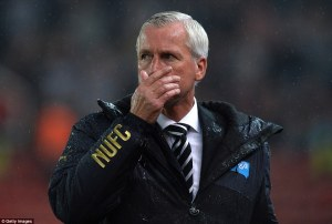 alan pardew at stoke 1-0