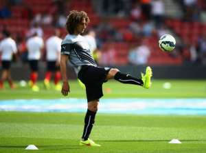 fabricio coloccini warming up at Palace-1bii7zev3kyj41bdjjhpheunm2