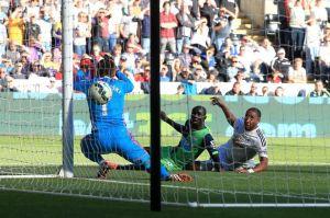 papiss cisse scores first goal