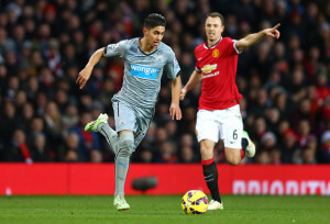 Ayoze Perez action shot +Manchester+United+v+Newcastle+YHdIp8E3LiUl