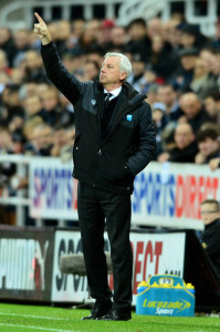 alan pardew at home to everton