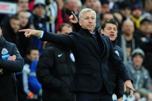 alan pardew pointing