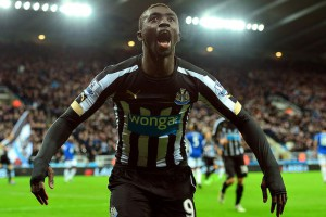 papiss cisse after scoring everton