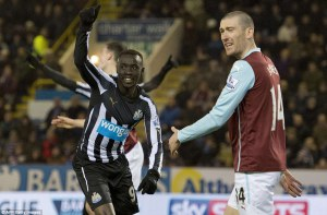 papiss cisse scores burnley