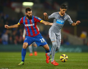 ayoze perez in action at Palace