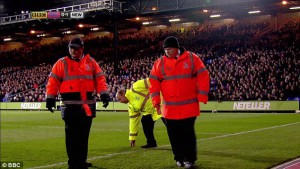crystal palace stewards looking for coiuns