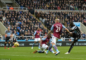 cisse scores aston villa action shot