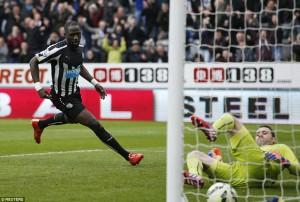 moussa sissoko scores Arsenal goal