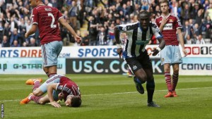 moussa sissoko scores with great header