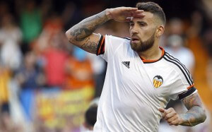 epa04753996 Valencia CF's Argentinian midfielder Nicolas Otamendi celebrates after scoring against Celta during the Spanish Liga Primera Division soccer match played at Mestalla stadium, in Valencia, eastern Spain, 17 May 2015.  EPA/Kai Foersterling