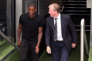 georginio wijnaldum and Steve McClaren