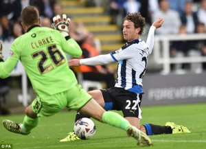 daryl janmaat scored third goal