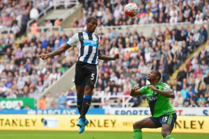 gini wijnaldum heads hom saints
