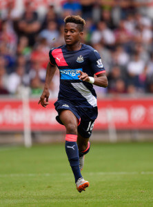 Rolando Aarons at Swansea+City+v+Newcastle+United+MPInVhXPPYll