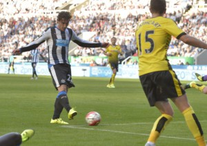 daryl janmaat newcastle goalscorer