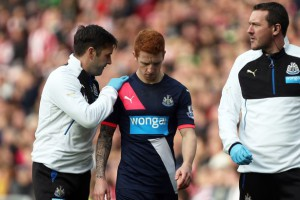 jack colback injured against Stoke