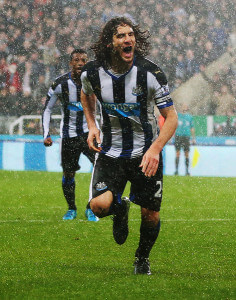 Fabricio Coloccini +Newcastle+United+v+Aston+rbJZSv5zDdbl