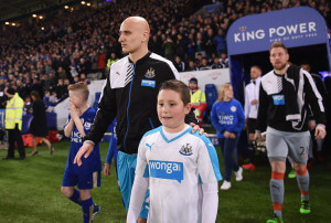 jonjo shelvey leads newcastel out on MOnday