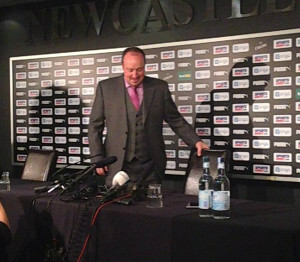 rafa benitez in suit