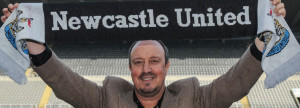 rafa benitez newcastle with scarf