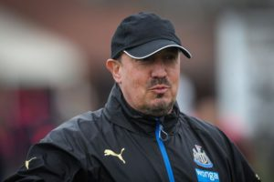 rafa benitez with cap