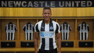 Newcastle United Unveil New Signing Dwight Gayle