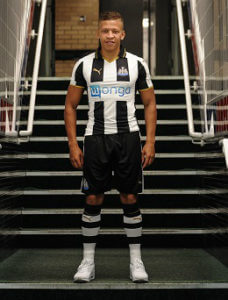 dwight gayle in new strip close up
