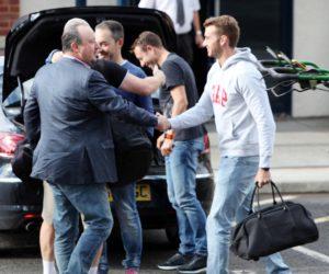 rafa benitez and coaches arrive