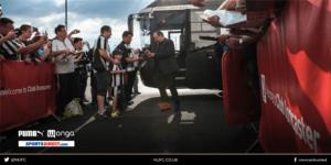 rafa benitez arrives at Keeppoat stadium