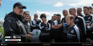rafa benitez with academy coaches
