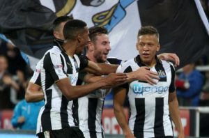 dwight gayle scores sensation goal reading
