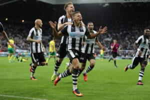 dwight-gayle-scores-winner-norwich-76