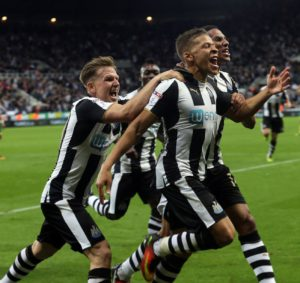 dwight-gayle-winner-43
