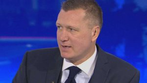 steve-howey-sky-sports-news-pundit_3456784